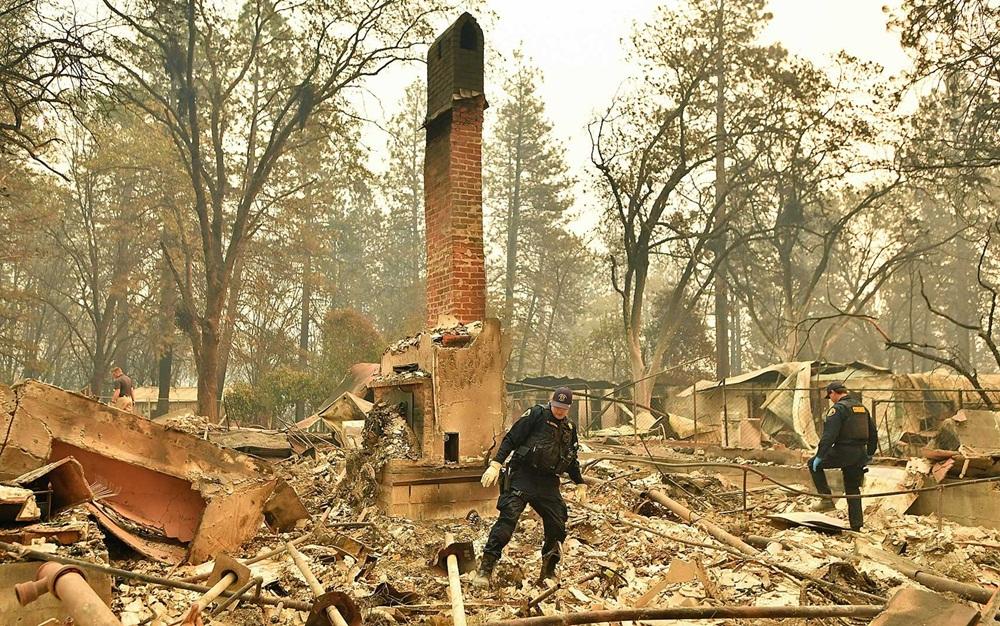 Ir para Vai a 42 o número de mortos no gigantesco incêndio no norte da Califórnia
