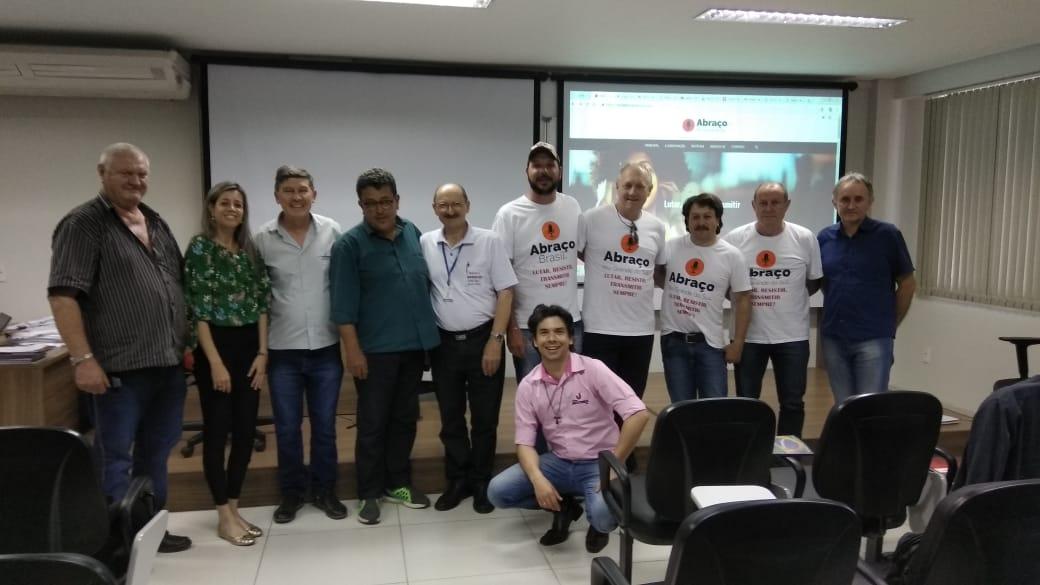 ABRAÇO - RS reúne diretoria para discutir futuro das rádios comunitárias
