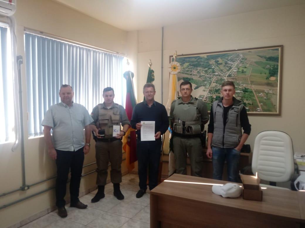 Ir para Prefeitura de Centenário e Brigada Militar assinam Termo de Cooperação