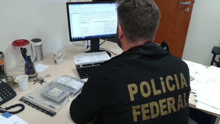 PF realiza operação contra pornografia infantil no Rio Grande do Sul e em outros sete estados.