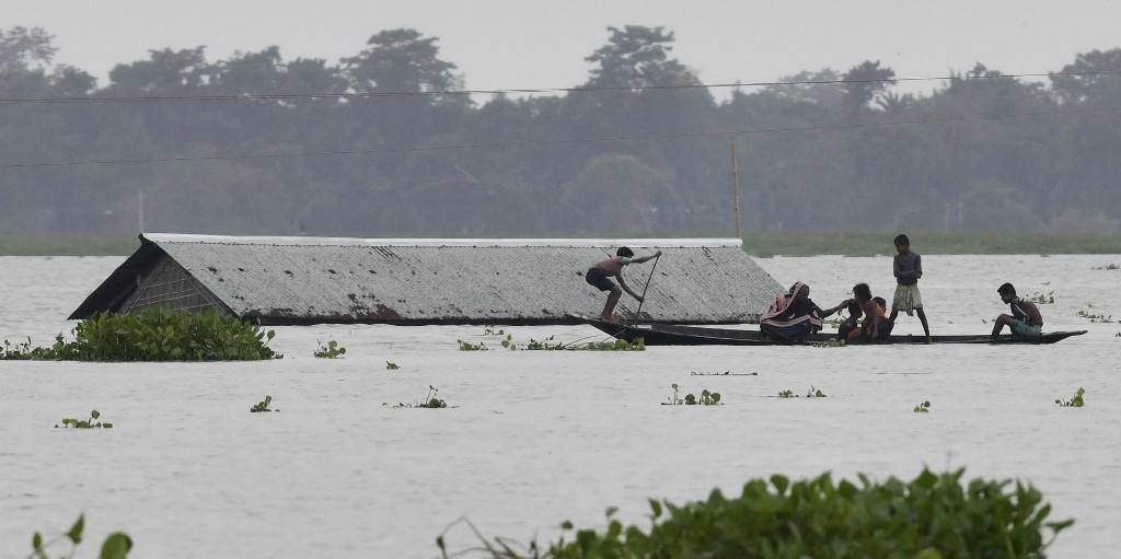 Ir para Sobe para 180 número de mortos em decorrência de chuvas no sul da Ásia.