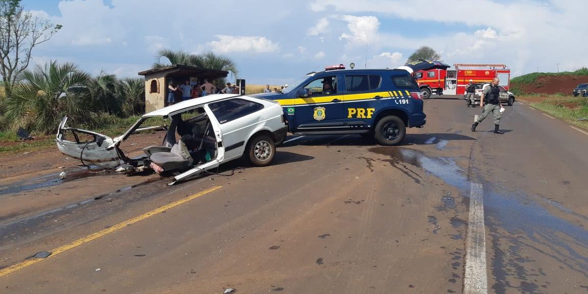 Ir para  <p>Duas idosas morreram ap&oacute;s um acidente na cidade de Entre Iju&iacute;s, na regi&atilde;o Noroeste do Estado. O acidente aconteceu por volta das 14h30min deste domingo, quando o carro onde as duas estavam colidiu...