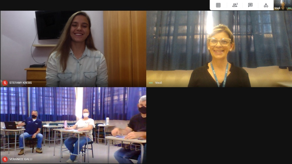 Stefany Krebs é a primeira aluna surda da Educação Física da URI a concluir o curso