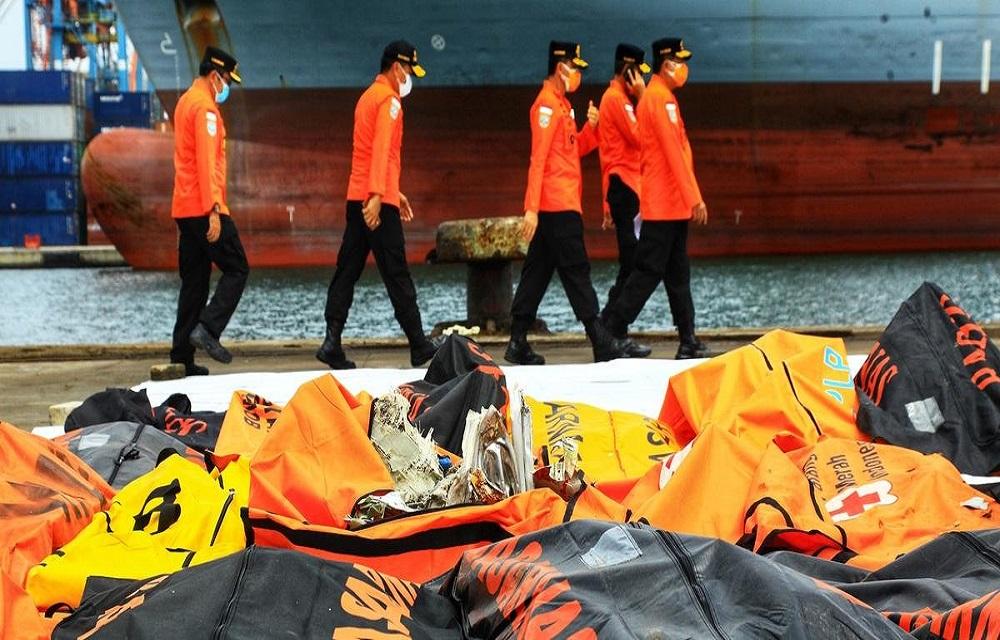 Recuperados dados da caixa-preta do Boeing acidentado na Indonésia.