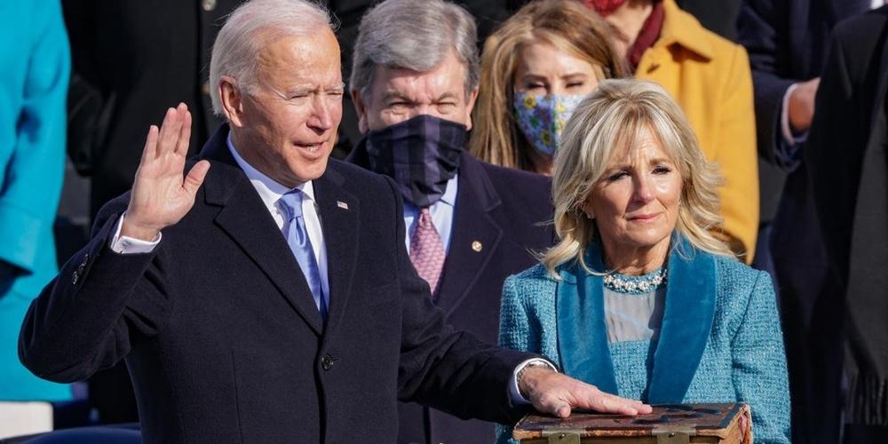 Ir para  <p><big>Em uma tarde fria em Washington D.C. e em uma cerim&ocirc;nia marcada por peculiaridades, Joe Biden assumiu como o 46&ordm; presidente dos Estados Unidos nesta quarta. Aos 78 anos de idade, o ex-senador e...
